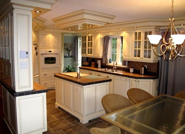 b nisterie pinplex admirez la qualit de notre travail. Black Bedroom Furniture Sets. Home Design Ideas